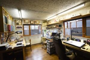 半地下にある当事務所